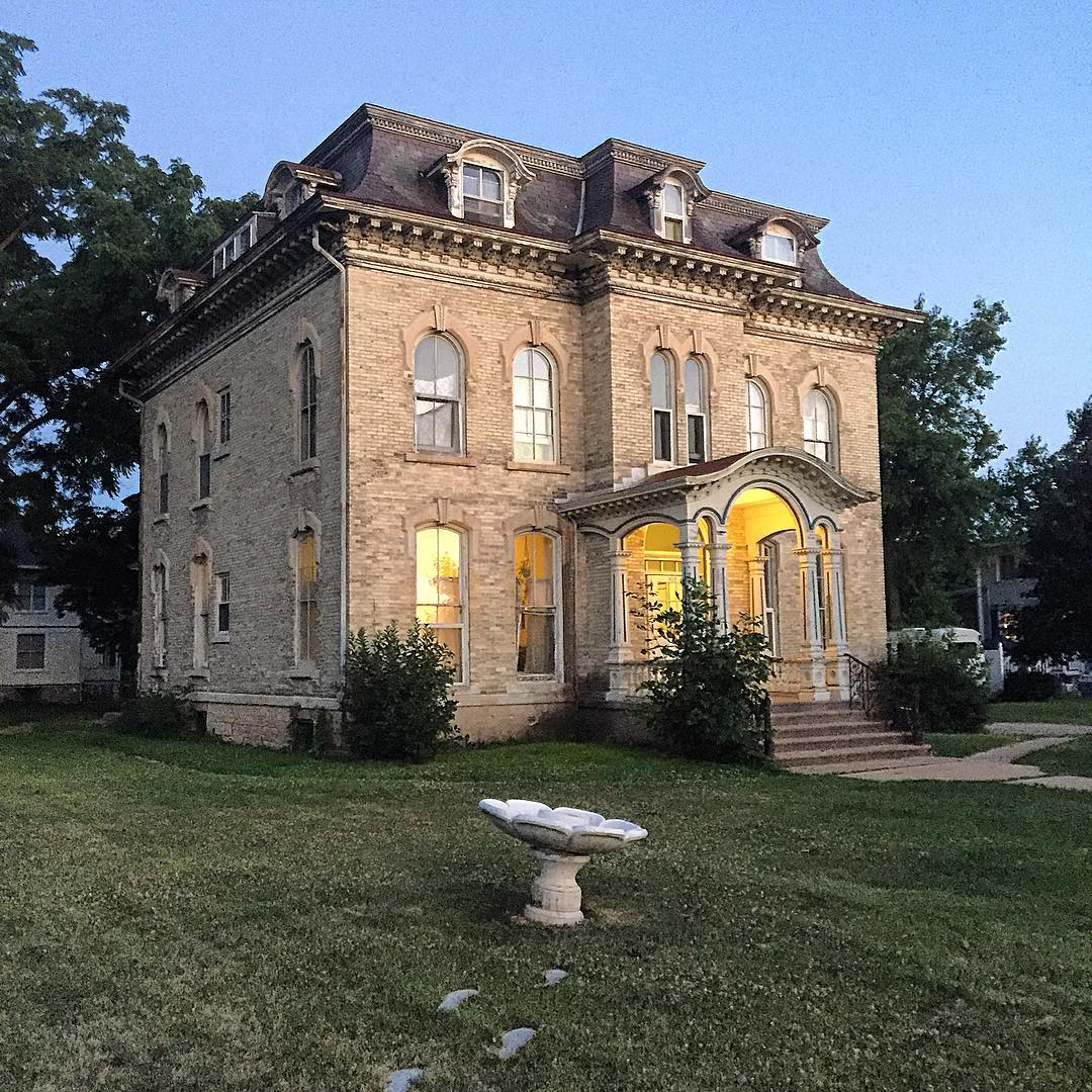 "IMAGE: IG user @mhunts1 / POST: ""After the tour at the Milton House last Tuesday, my friend Teresa and I stopped in Janesville, where she promised to show me the house she used to live in, while I promised to show her the spectacular residences that surround Jefferson Park. …"" / MORE: Check out #MansardMonday by following IG user @archi_ologie"