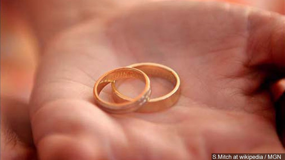 Police search for wedding ring lost in Halloween candy bag KTVL