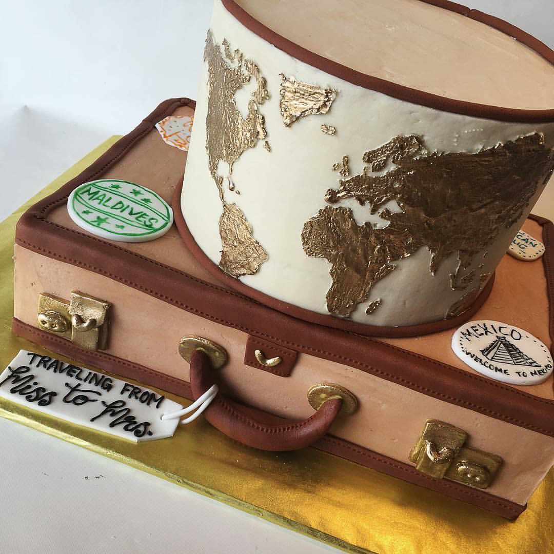 Travel Bridal Shower cake / Image courtesy of Oliver's Desserts // Published: 3.17.18