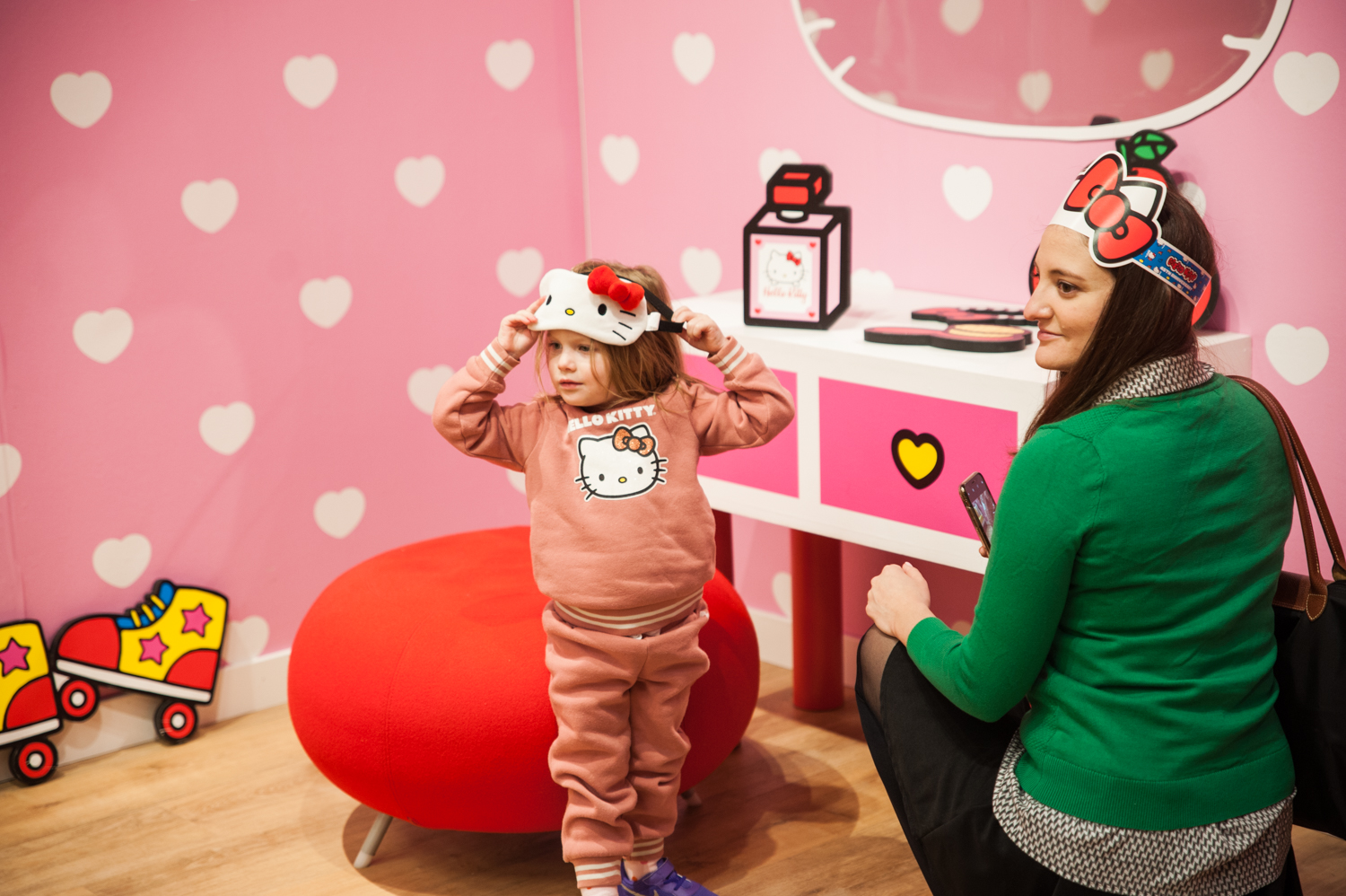 "The Hello Kitty Friends Around the World Tour has officially arrived in the Pacific Northwest for it's second time! Setting up shop in Bellevue until December 29, the immersive, sensory experience lets you walk through the world of Hello Kitty and her friends. 10,000 supercute square feet, the pop up has five rooms: London (Hello Kitty's house), Paris (Hello Kitty Cafe), New York, Honolulu, Tokyo and Baggage Claim (gift shop). While the pop up is open through 12/29, different days have different hours, so{&nbsp;}<a  href=""https://www.showclix.com/event/hello-kitty-seattle"" target=""_blank"">make sure you check those out before you go. Tickets start at $22.</a>{&nbsp;}(Image: Elizabeth Crook / Seattle Refined)"