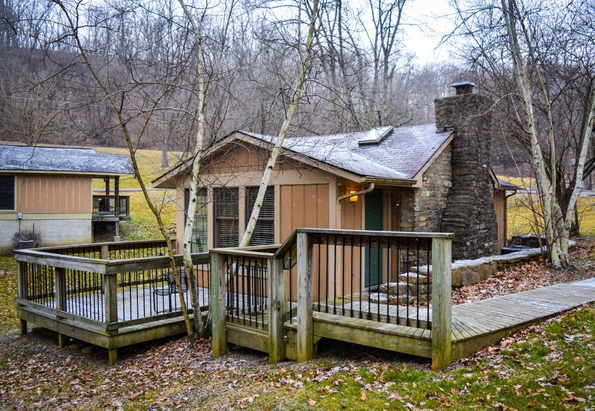 General Butler State Resort Park offers a mix of lodging accommodations, from hotel style rooms in its to lodge to quiet cottages tucked away in the forest. (Image: Gerry Seavo James)