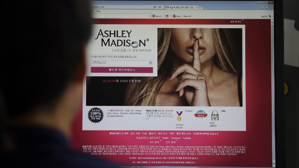 Adult friend finder vs ashley madison