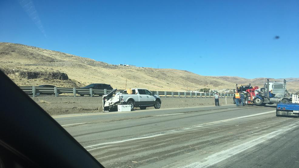 Left lane on I-80 near Mustang exist closed due to big rig crash