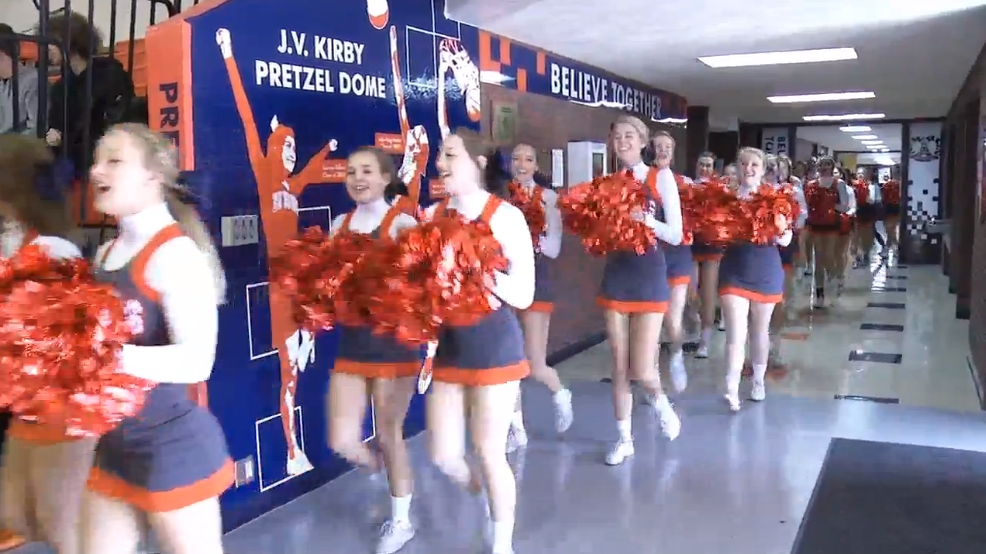 New Berlin Holds Pep Rally Before Big Game