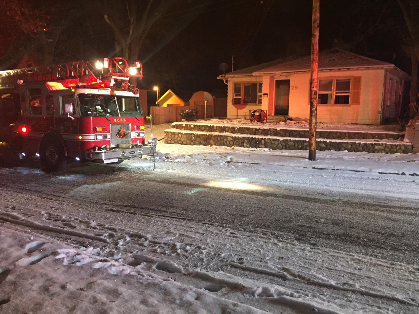 A fire breaks out at an abandoned home in Battle Creek early Wednesday morning. (WWMT/Jason Puhr)