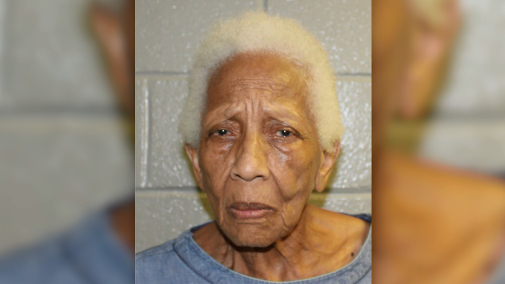 Famed 86-year-old jewel thief is busted for shoplifting at Walmart