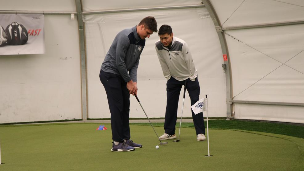 022219_Mens_Golf_Players.JPG