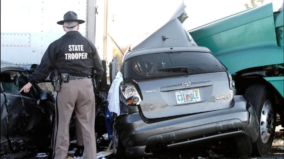 Florida highway pileup kills at least 10 people   KPIC