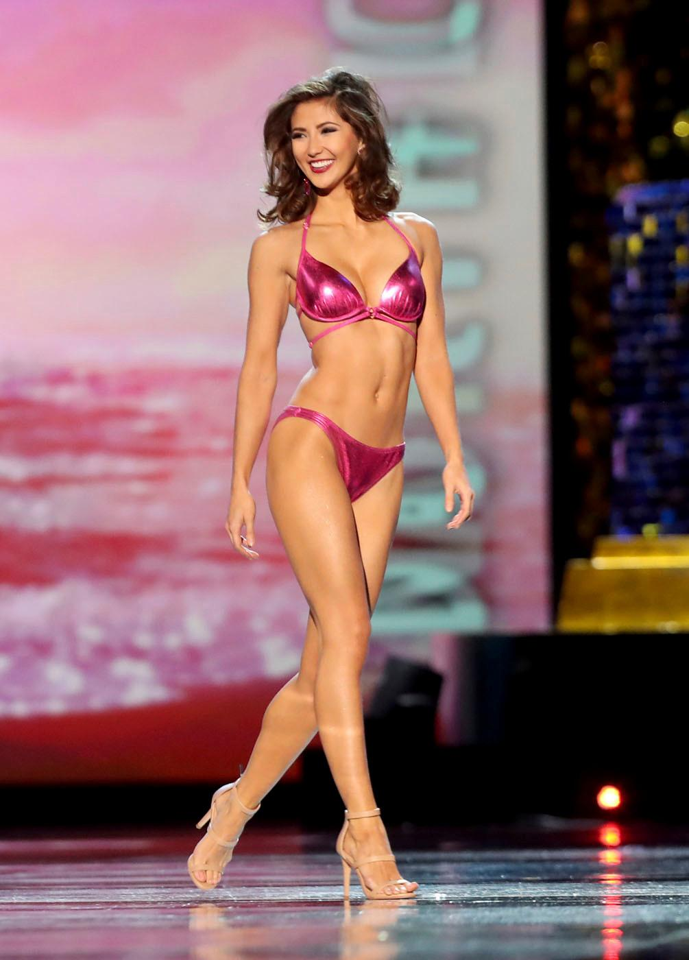 Miss Florida 2017 Sara Zeng competes in the swimwear category during the third and final preliminary night of the Miss America 2017 competition at Boardwalk Hall in Atlantic City, NJ. Friday, Sept. 8, 2017. (Edward Lea/The Press of Atlantic City via AP)