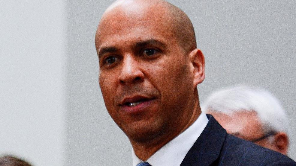 Senator Cory Booker campaigns in Las Vegas, holds breakfast with community leaders