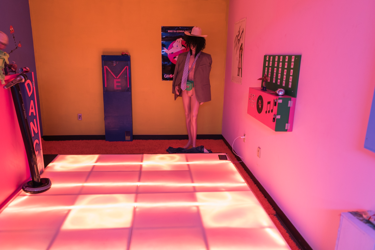 The facility features escapes rooms in addition to axe throwing, such as this one with an '80s theme. / Image: Mike Menke // Published: 2.23.18
