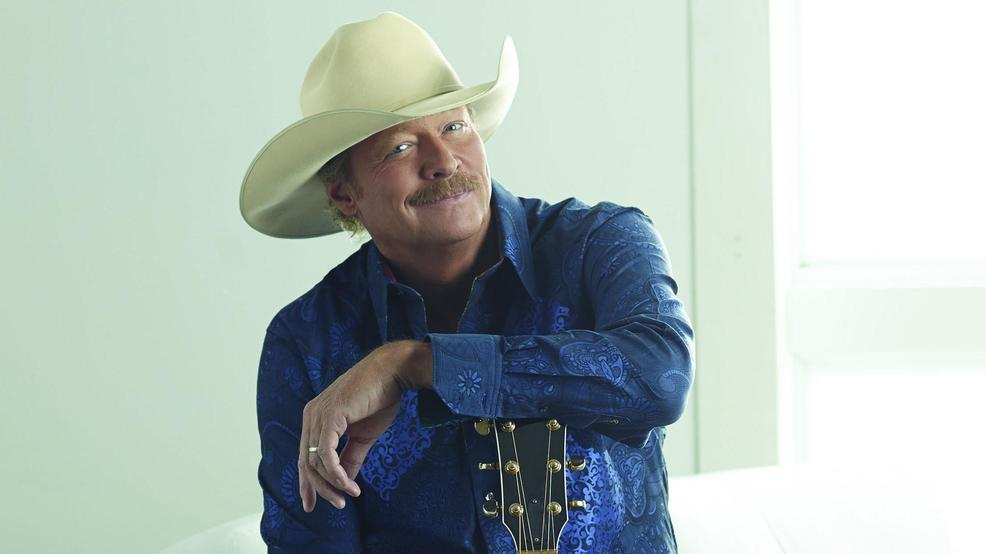 Alan Jackson tour press photo #1 2019.jpg