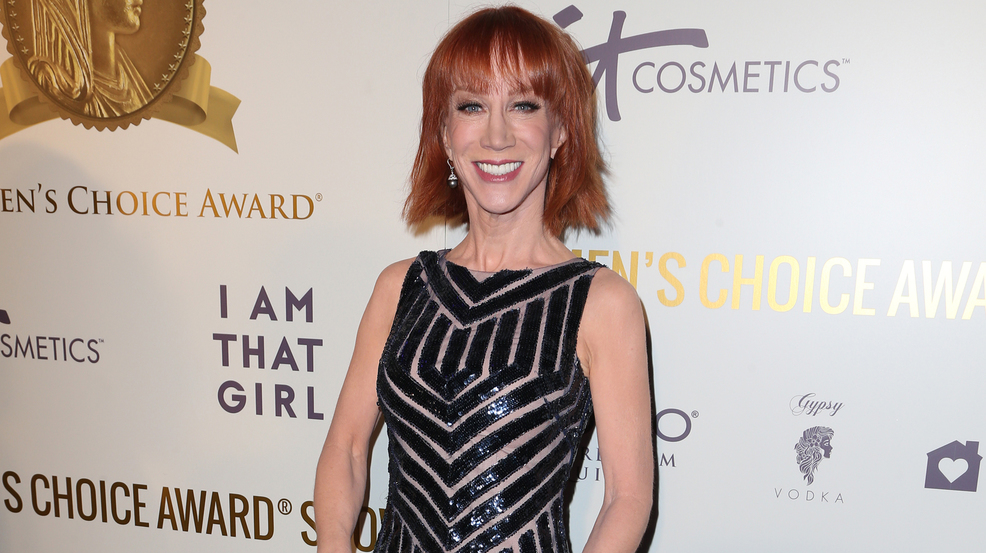 Kathy Griffin interviewed by Secret Service over Trump photo: report