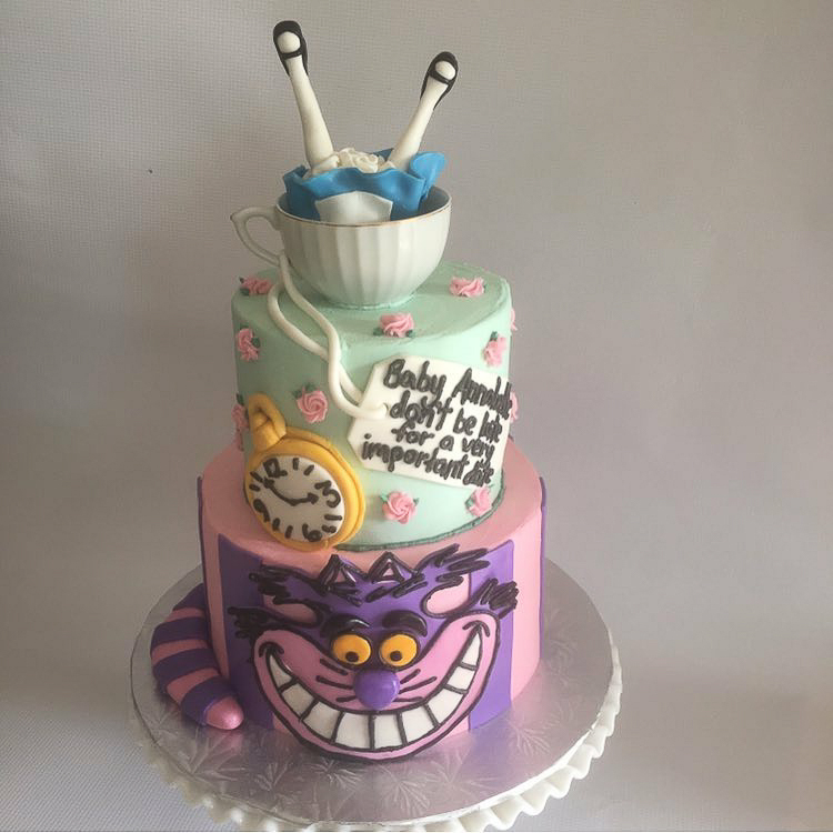 Alice in Wonderland cake / Image courtesy of Oliver's Desserts // Published: 3.17.18
