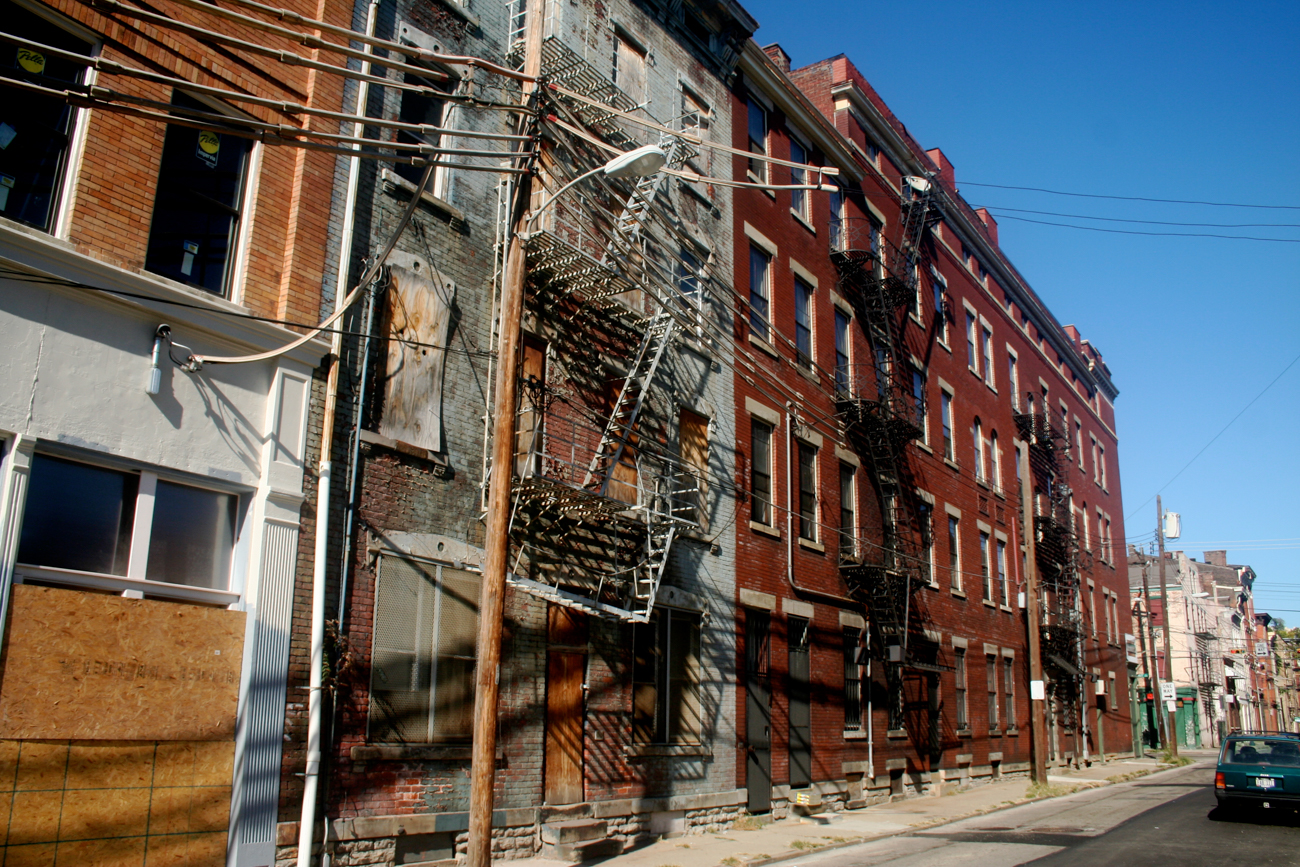 [BEFORE] LOCATION: 14th Street, looking northeast between Walnut and Vine Streets at Rodney Alley (Over-the-Rhine) / IMAGE: Travis Estell