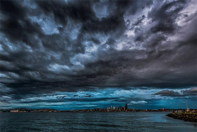 Good bye spring, hello summer! Stormy Seattle skies from June 19th evening. (Photo: Sigma Sreedharan Photography)