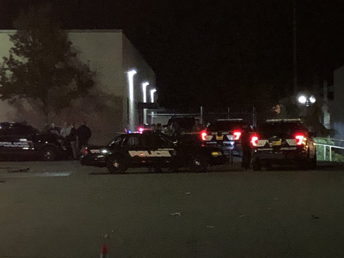 Officer-involved shooting reported outside Hillsboro Police Department's West Precinct - KATU image from reporter Lincoln Graves - 1.jpg