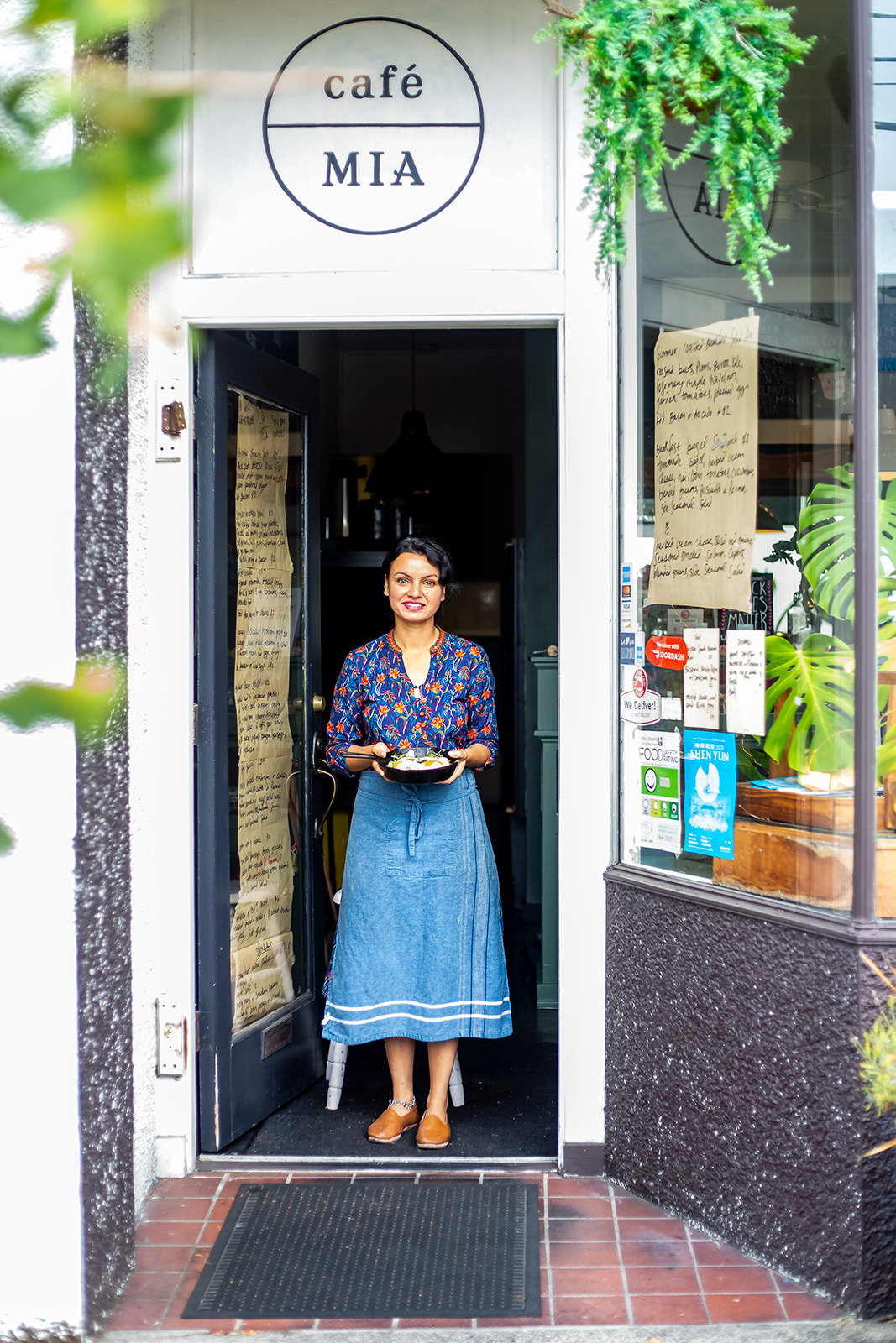 "Proud owner, Mia Loomba, is proud to be amongst a strong number of women-owned businesses in West Seattle. Cafe Mia features seasonal, locally-sourced and ethical cuisine - every dish is prepared in house by Mia herself. Cafe Mia is tucked away near the West Seattle Junction on SW Oregon Street. The perfect spot for brunch after hitting the farmers market on Sunday! Find them on Instagram{&nbsp;}<a  href=""https://www.instagram.com/cafe.mia/?hl=en"" target=""_blank"" title=""https://www.instagram.com/cafe.mia/?hl=en"">@cafe.mia</a>. (Image:{&nbsp;}Samantha Witt / Seattle Refined)"