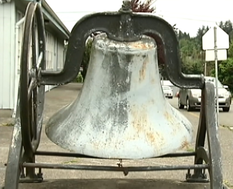 <p>Coos Bay School District plans to pass along Eastwood Elementary's old school bell to the new building as a keepsake and reminder of its history. Photo taken May 16, 2018. (SBG)</p>