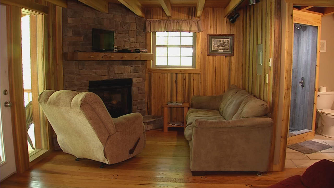 Each cabin is fully furnished and affords guests all the comforts of home. (WCHS/WVAH)