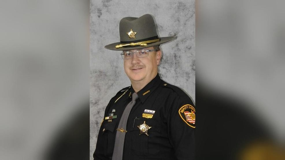franklin county courthouse shooting deputy.jpg