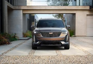 NAIAS 2019:  Cadillac set to reveal new XT6 crossover on eve of Detroit Auto Show