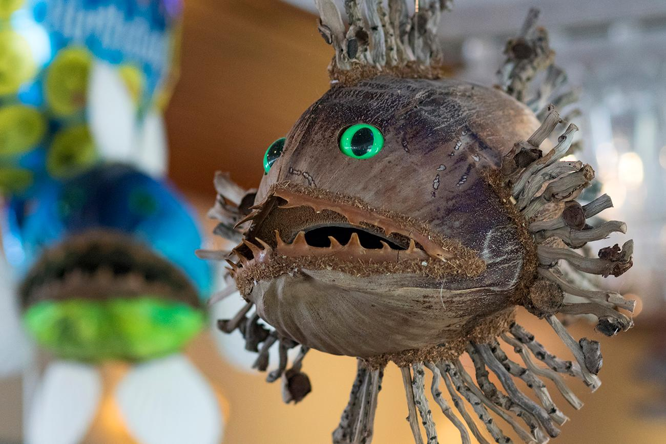 A local Key West artist creates these fish out of coconuts. / Image: Allison McAdams // Published: 9.10.18