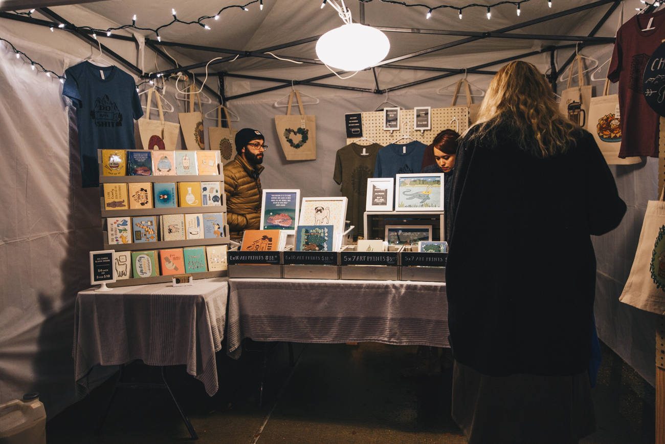 The City Flea Holiday Market brought the popular summertime tradition of tents on the lawn back to Washington Park, this time with a winter twist. Vendors selling holiday decorations and good ideas for gifts set up shop while others offered hot food and drink. It was held on Saturday, December 15 from 4-9 PM. / Image: Catherine Viox // Published: 12.16.18