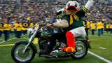 Admission to Oregon Spring Game at Autzen: 3 cans of food