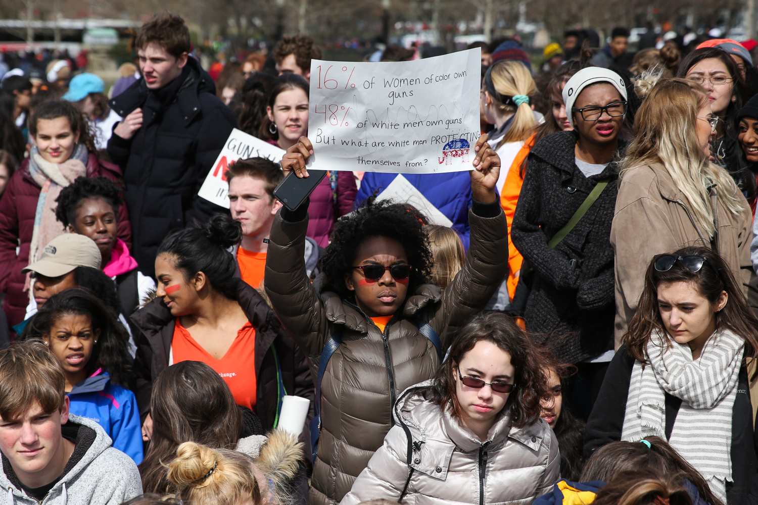 Hundreds of students from around the DMV left their classes at 10 a.m this morning and marched from The White House to Capitol Hill to demand action on gun control this morning. Today marks one month since 17 students were murdered in a shooting at{ }Marjory Stoneman Douglas High School in Parkland, Florida. Although there have been calls for gun control following school shootings in the past, this mass murder has has sparked a movement lead by young people frustrated with the lack of legislation. Students on Capitol Hill talked to lawmakers and gun control advocates in a peaceful demonstration. (Amanda Andrade-Rhoades/DC Refined)