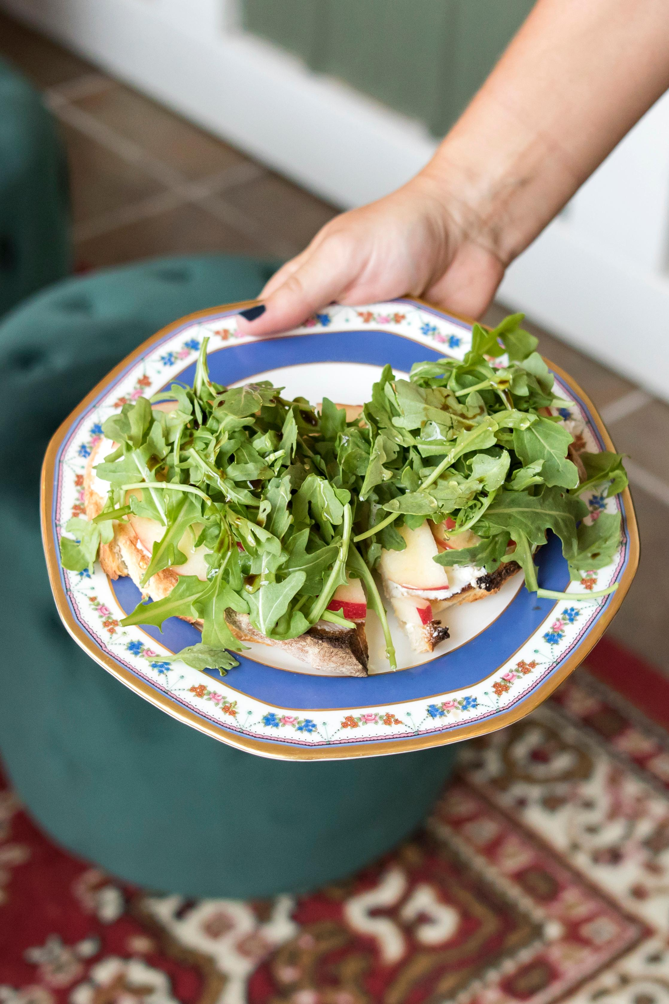 Drunken Goat: goat and ricotta cheese, apple slices, arugula, honey, and basic vinegar / Image: Allison McAdams{ }// Published: 7.1.19