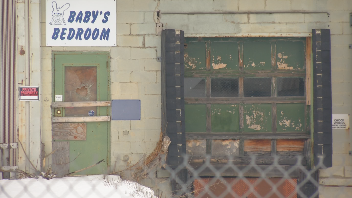 Baby's Bedroom closed in the late 90's and since then the former factory has been vacant. (Brett Hall/CNYCentral.)<p></p>