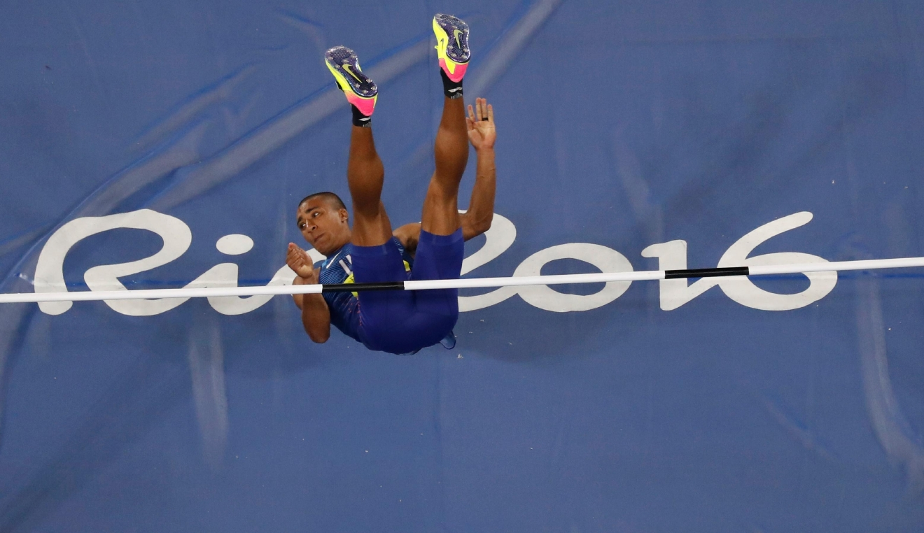 United States' Ashton Eaton competes in the high jump portion of the decathlon during the athletics competitions of the 2016 Summer Olympics at the Olympic stadium in Rio de Janeiro, Brazil, Wednesday, Aug. 17, 2016. (AP Photo/Morry Gash)