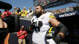 Left tackle and U.S. Army veteran only Steelers player on the field for national anthem