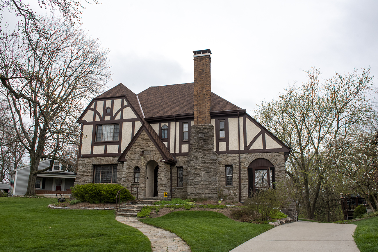 Norwood's Indian Mound Neighborhood, named for the Norwood Mound, has a collection of residences built in the Tudor Revival, Colonial Revival, and Craftsman styles. / Image: Joe Simon // Published: 4.22.20
