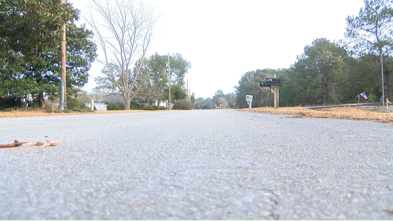 If approved it would widen extisting Business Drive to Old Airport Road in Morehead City and then extend westward to meet with Hwy. 70 in the Newport area. (Greg Payne, NewsChannel 12 photo)<p></p>