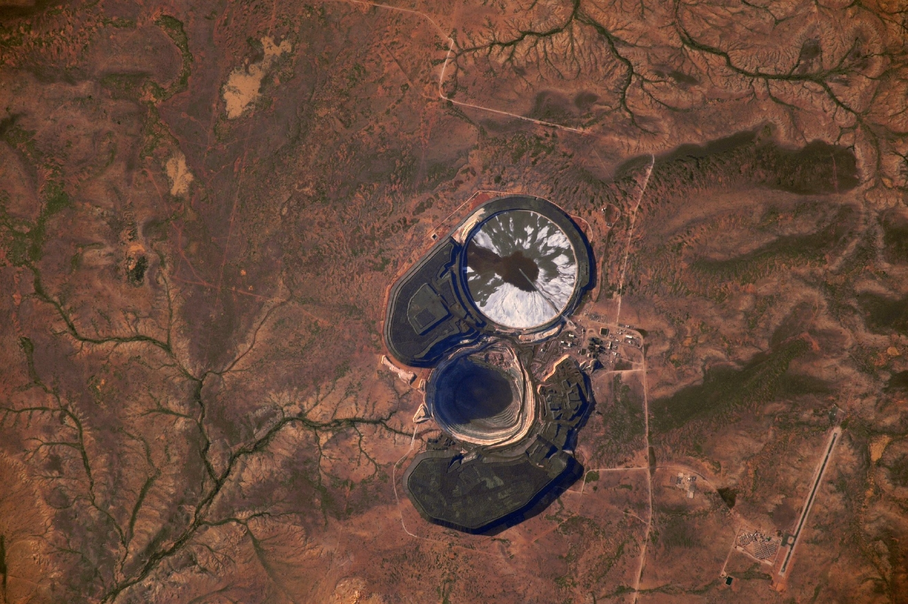 The Australian outback hides lots of beauty, and some surprises. I don?t know what this is, but it looks strangely like an eyeball?  (Photo & Caption: Thomas Pesquet // NASA)