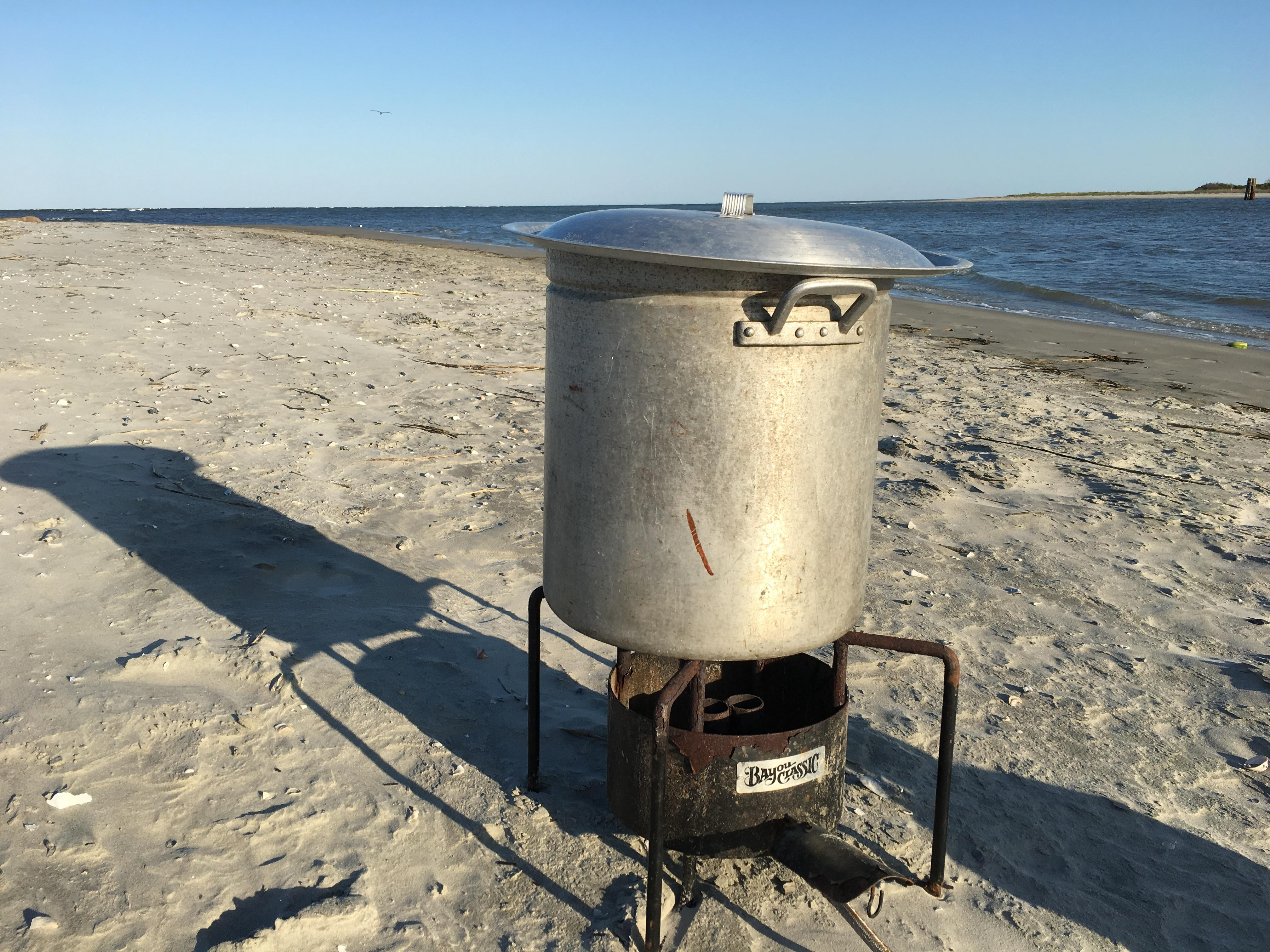 Lowcountry Boil on Capers Island (Photo by Lani Furbank)