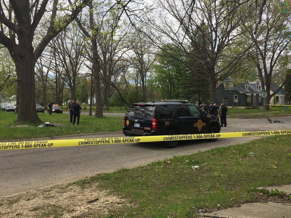 Flint Police are investigating a shooting that has left one male victim in critical condition. (Photo: Kila Peeples/WEYI/WSMH)