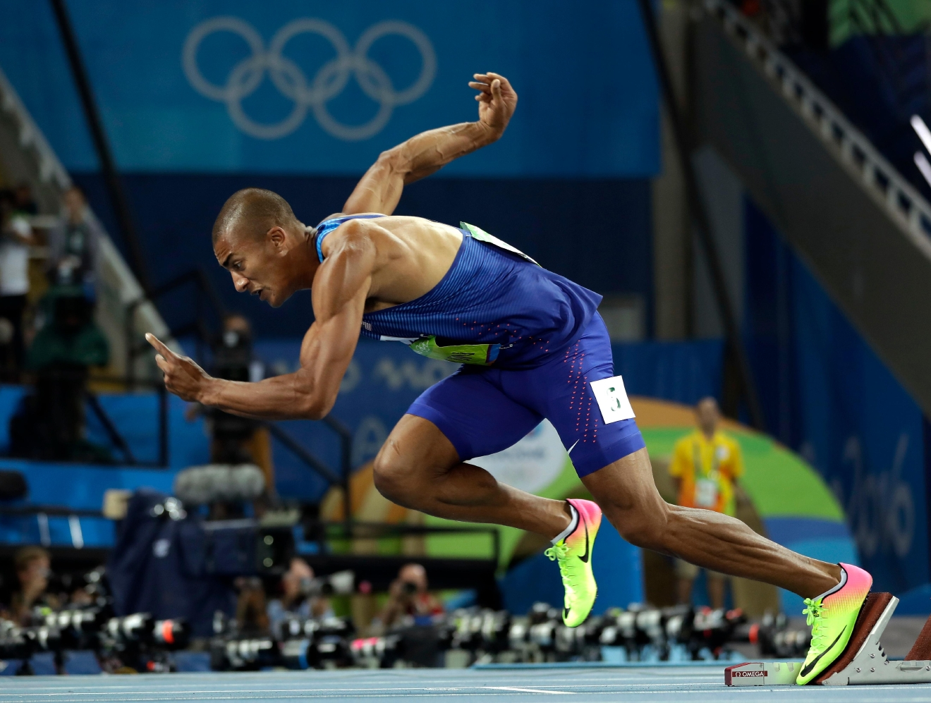 United States' Ashton Eaton starts a 400-meter heat of the decathlon during the athletics competitions of the 2016 Summer Olympics at the Olympic stadium in Rio de Janeiro, Brazil, Wednesday, Aug. 17, 2016. (AP Photo/Matt Slocum)