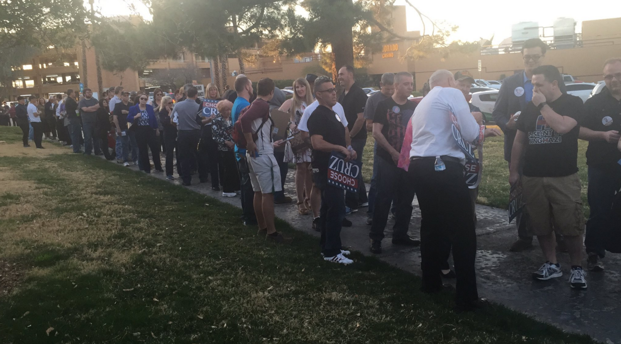 Hundreds waiting for Ted Cruz rally in Henderson just days ahead of GOP Nevada caucus (Nathan O'Neal | KSNV News 3)