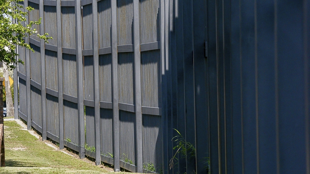 Dhs To Solicit Bids For Prototype Wall Structures Near