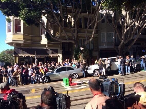 The riddler has a damsel left in the middle of the street, will Batkid make it?