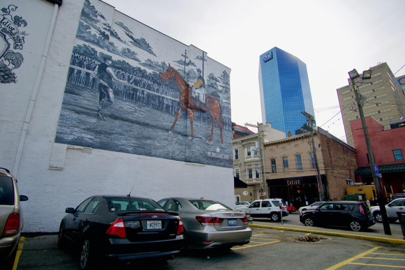 "Downtown Lexington is not only a fun college town to the University of Kentucky Wildcats, it is also a city where you'll find beautiful artworks around every turn. They have so many murals that visitors are encouraged to take part in a ""mural challenge"" where you can snap photos of at least five murals around town and post your favorites online using #ShareTheLex. Mural hunters may even receive a poster in the mail as a prize. / Image: Brian Planalp // Published: 11.8.18"