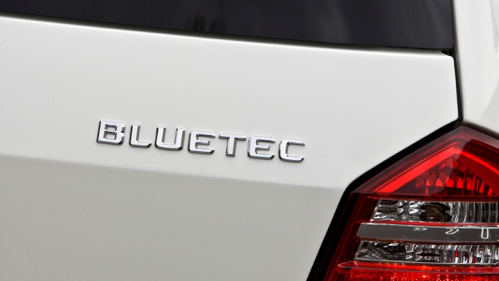 BlueTEC SUVs_MB-Bluetec-25-GL320_large-source.jpg