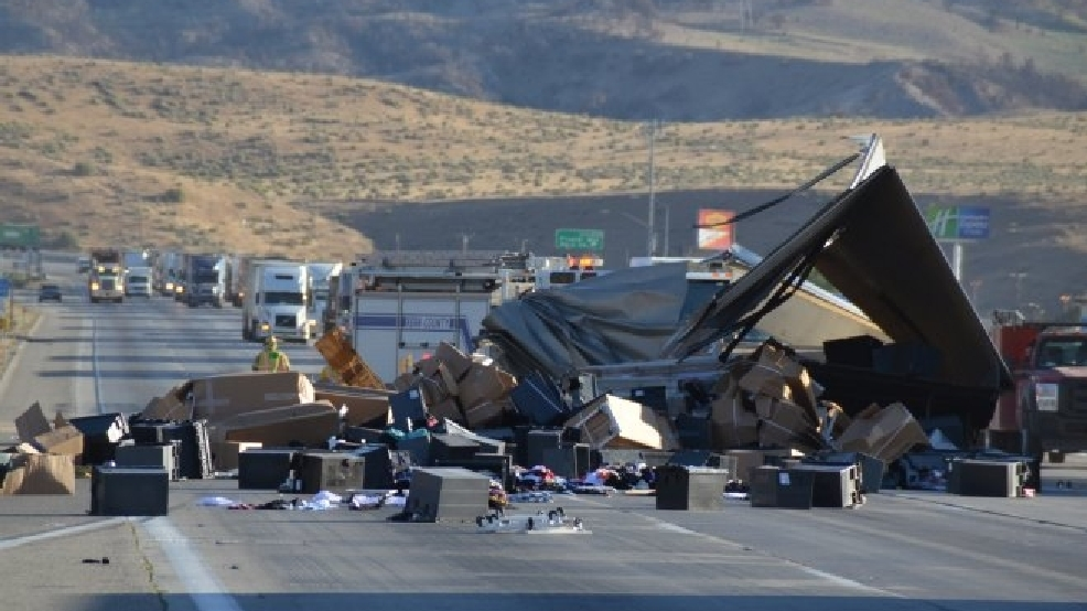 I-5 on Grapevine closed for hours after big rig accident | KBAK