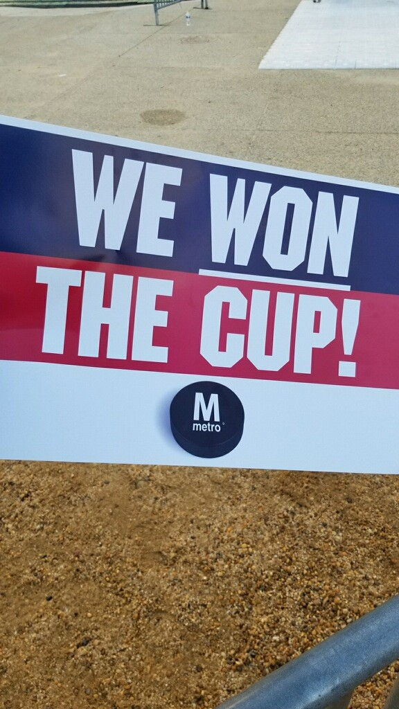 Capitals' Stanley Cup victory parade taking over D.C. (Photo, Josh Mason)
