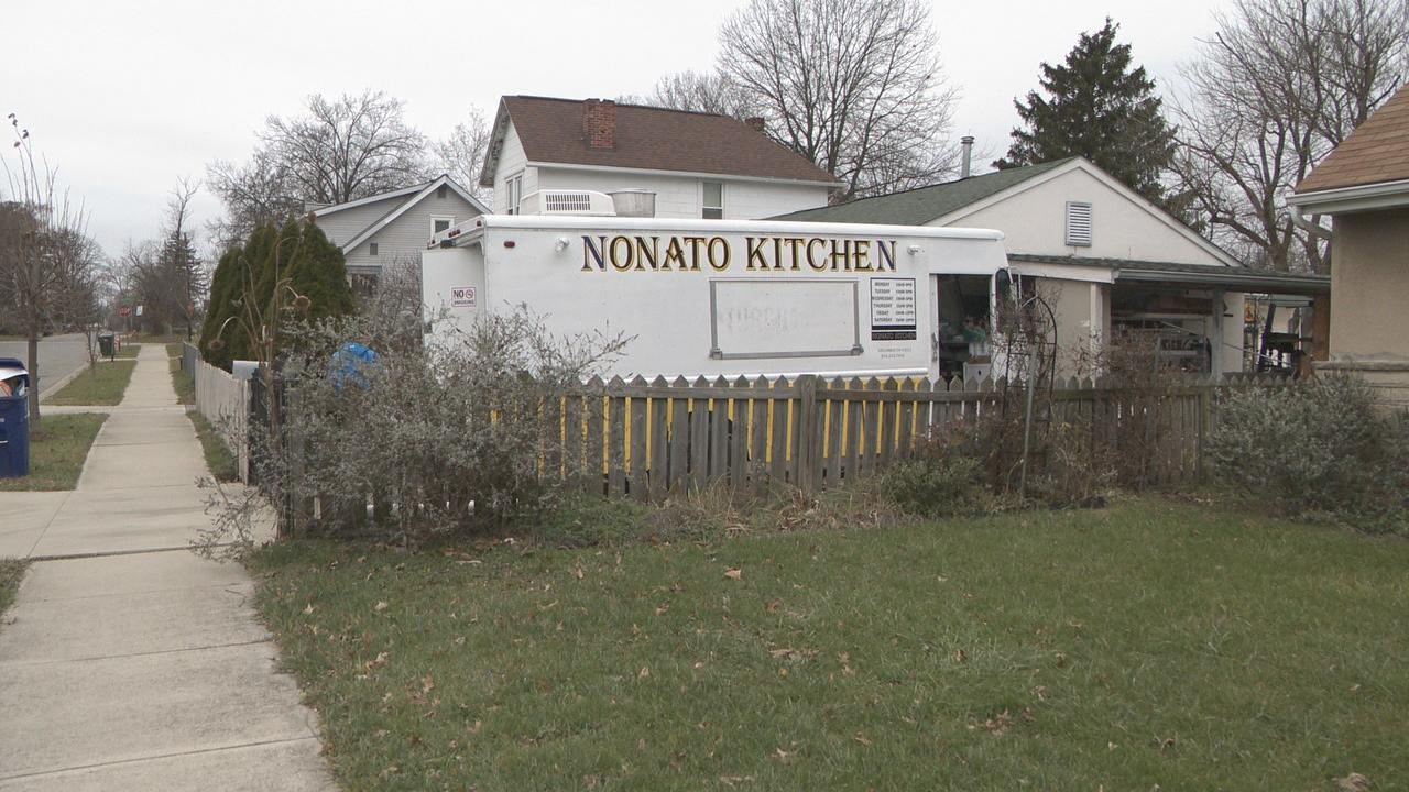 A family-owned food truck that opened just a month ago was ransacked by thieves, with most of the equipment stolen (WSYX/WTTE)<p></p>
