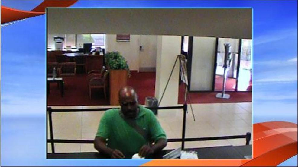 Man Robs Bb T Bank In Tamarac Wpec