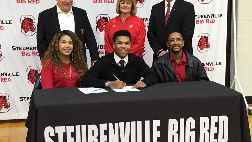 2.6.19 Video - Eight Steubenville Big Red student-athletes sign to head to the next level